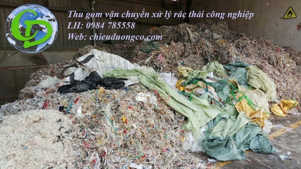 Thu gom vận chuyển xử lý rác thải công nghiệp